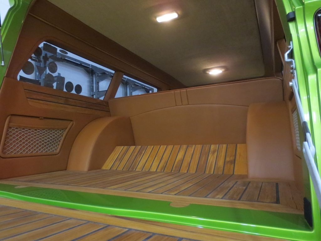 Superbe ... Hot Rod Interior Custom Street Rod High End Auto Upholstery Truck  Suburban Lime Crush