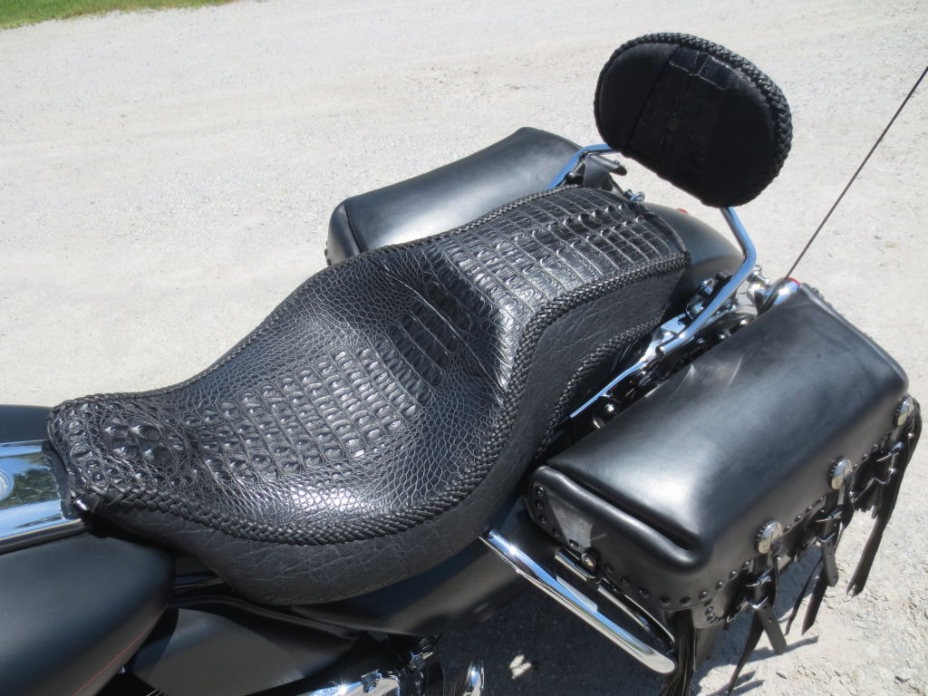 Harley Davidson Motorcycle Seats >> Alligator/Elphant hand laced Harley seat | Customs By Vos